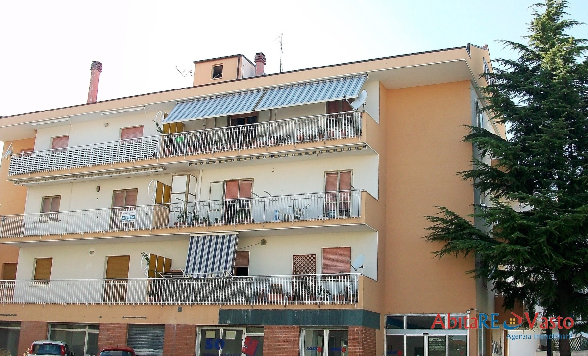 Appartamento affitto VASTO (CH) - 6 LOCALI - 110 MQ