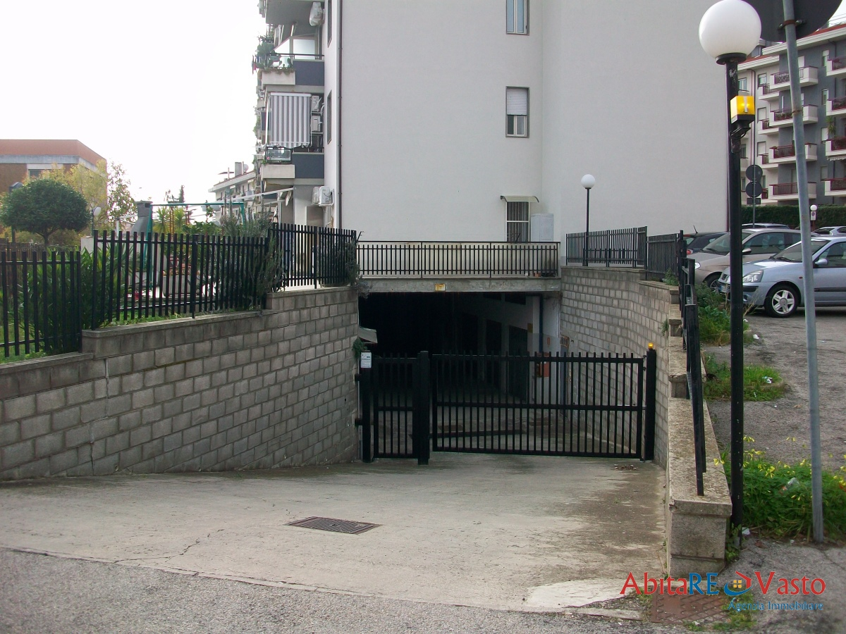 Box / Garage in vendita a Vasto, 1 locali, prezzo € 24.000 | CambioCasa.it
