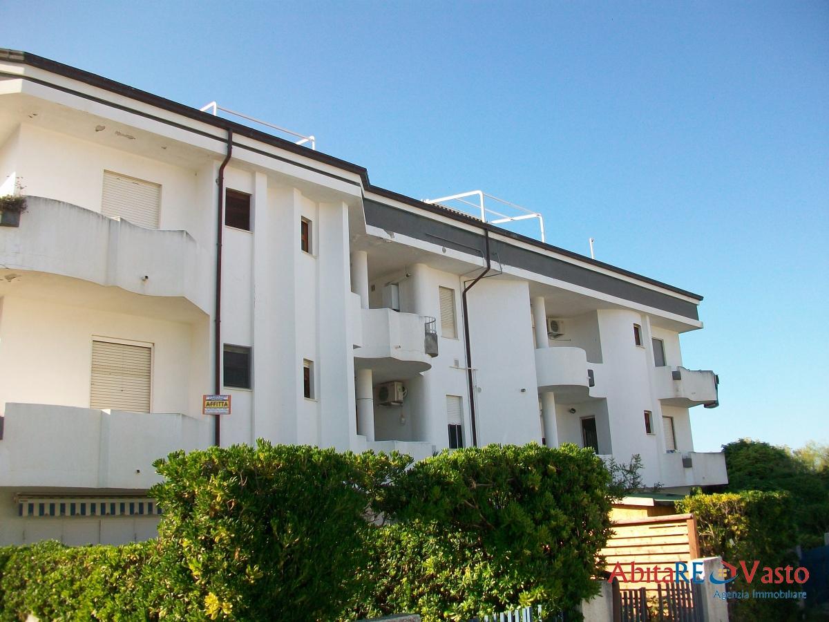 Affitto appartamenti vasto appartamento sul mare for Affitto senza contratto
