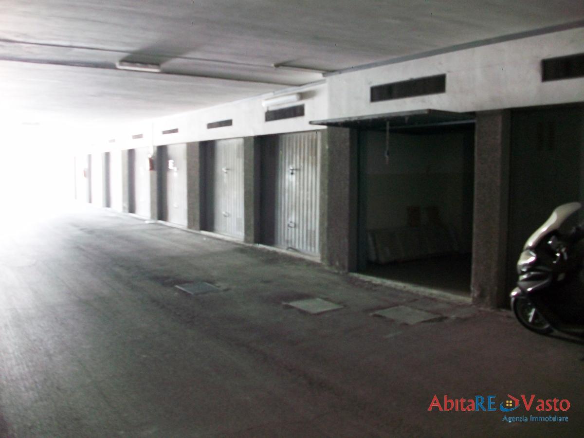 Box / Garage in vendita a Vasto, 1 locali, Trattative riservate | CambioCasa.it