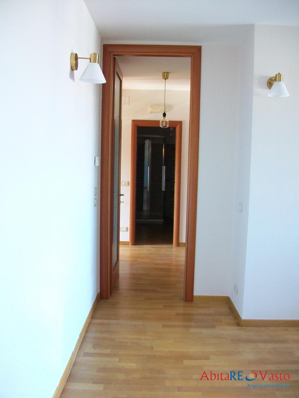 Appartamento Vasto CH1214730